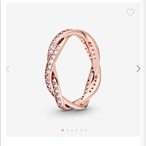 Sparkling Twisted Lines Ring - Pandora